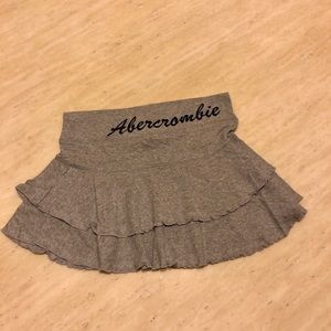 New Abercrombie&Fitch Mini Skirt in Grey Size S/M